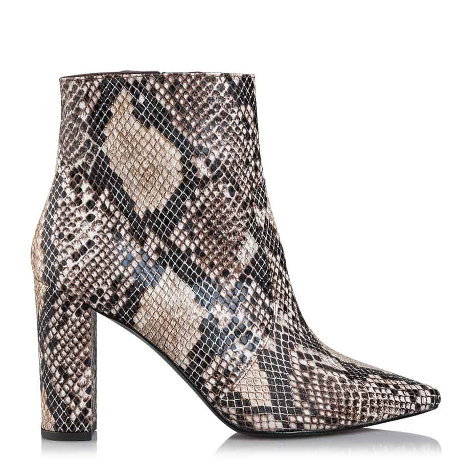467919f4fb7 SNAKE PATTERNED BOOTIES. SNAKE PATTERNED BOOTIES. Envie Shoes ...